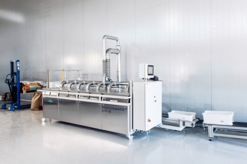 Powdermatic unit automatic dosing of small ingredients