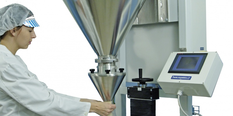 Fillermatic SA40 auger filler from Powder Technic