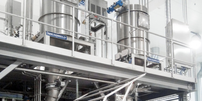 Integration of Powder Technic's dosing system to KAAK automatic dough preparation and baking line