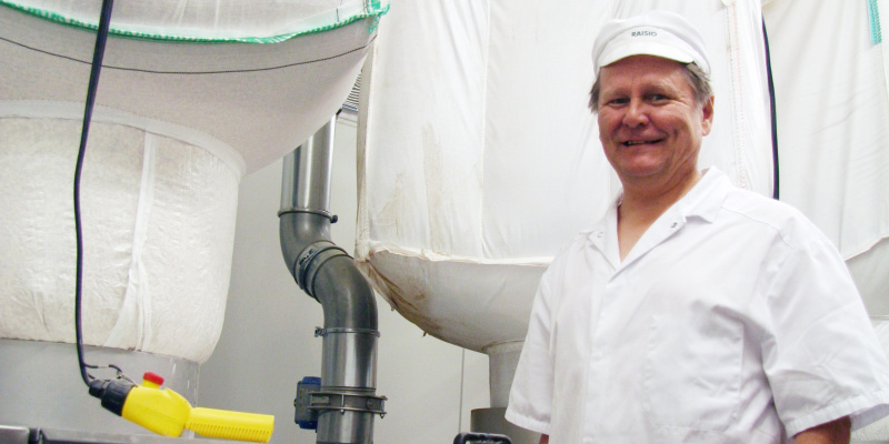 """""""We are happy with Powder Technic's sour dough system.It has remarkably helped the work of our bakers and allows as keep our product quality stable"""", says Rauno Heikkinen, production manager of SOK Suursavo Bakery"""